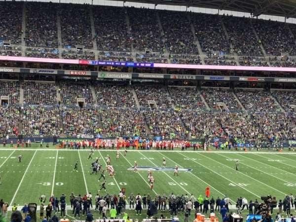 CenturyLink Field, sección: 236, fila: P, asiento: 16