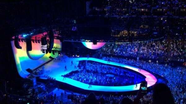 The O2 Arena, sección: 403, fila: G, asiento: 513