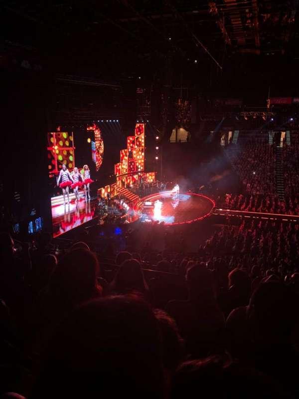 MGM Grand Garden Arena, sección: 217, fila: D, asiento: 6