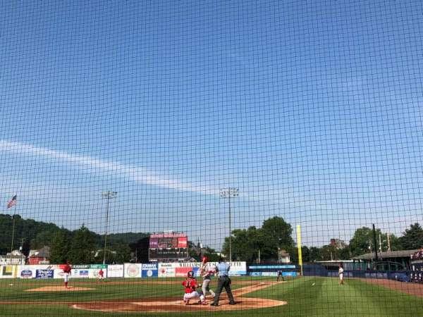 BB&T Ballpark at Historic Bowman Field, sección: J, fila: E, asiento: 2