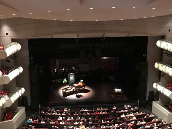 Muriel Kauffman Theatre, sección: Balcony, fila: GZ, asiento: 109