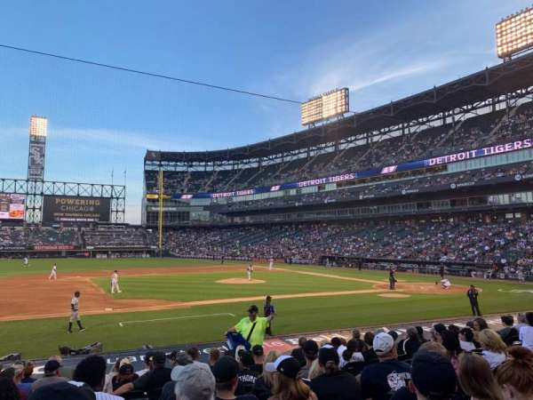 Guaranteed Rate Field, sección: 141, fila: 15, asiento: 6