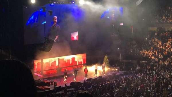 Allstate Arena, sección: 201, fila: E, asiento: 33