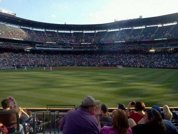 Turner Field, sección: 121, fila: 21, asiento: 1