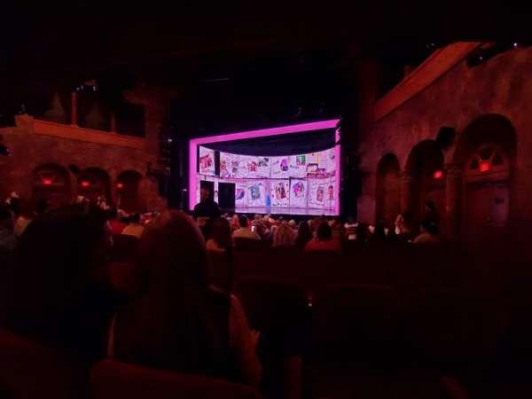 August Wilson Theatre, sección: Orchestra R, fila: P, asiento: 10