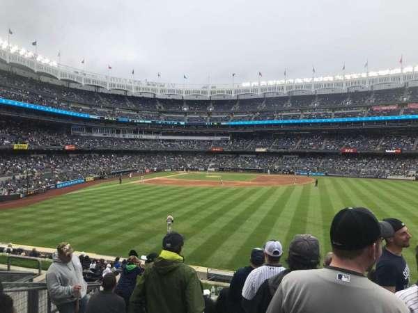 Yankee Stadium, sección: 203, fila: 8, asiento: 16
