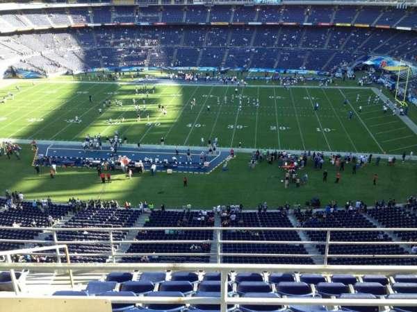 SDCCU Stadium, sección: V8, fila: 6, asiento: 16