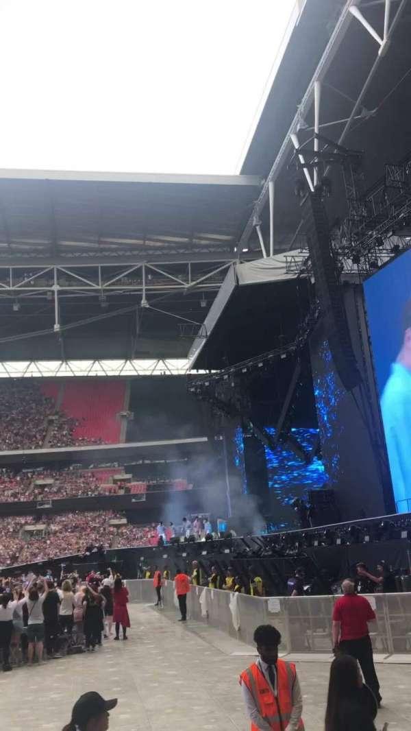 Wembley Stadium, sección: 141, fila: 4, asiento: 226