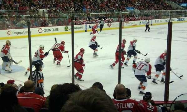PNC Arena, sección: 124, fila: J, asiento: 2