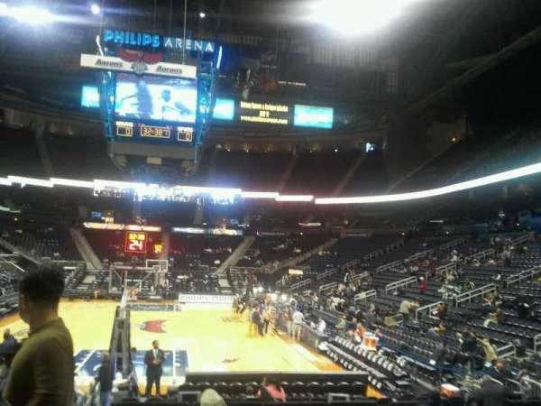 State Farm Arena, sección: 102, fila: d, asiento: 12