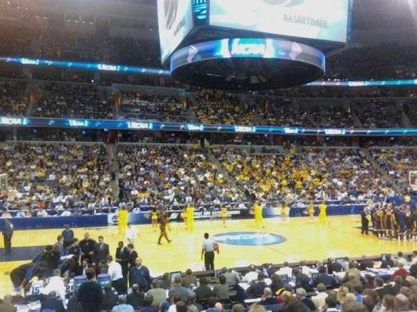 Capital One Arena, sección: 121, fila: M, asiento: 20