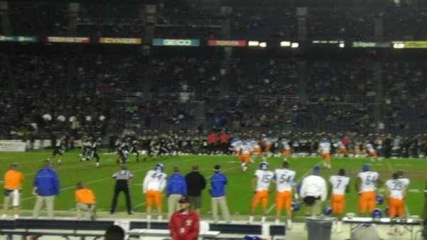 SDCCU Stadium, sección: F5, fila: 11, asiento: 17