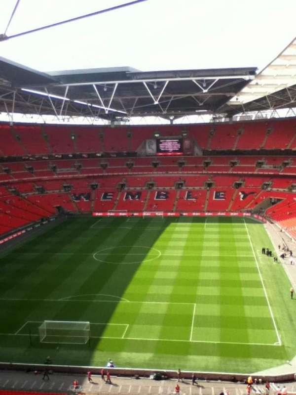 Wembley Stadium, sección: 512, fila: 18, asiento: 342