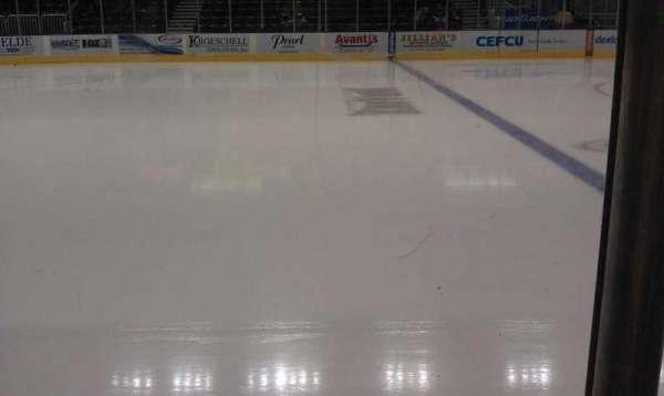 Carver Arena, sección: 14, fila: A, asiento: 11