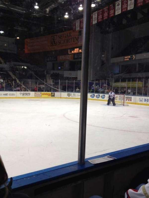 Blue Cross Arena, sección: 125, fila: B, asiento: 6
