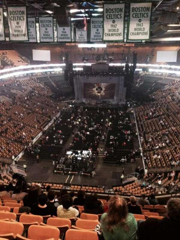 TD Garden, sección: Bal 308, fila: 13, asiento: 8