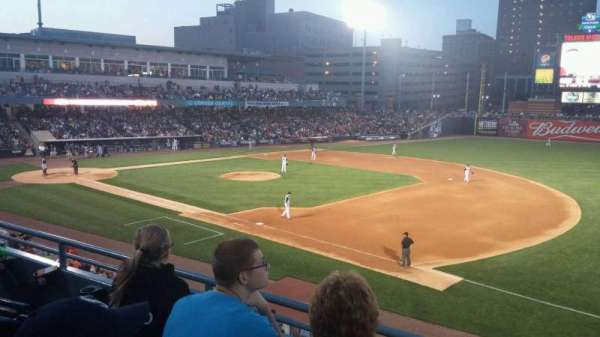 Fifth Third Field, sección: 216, fila: C, asiento: 7