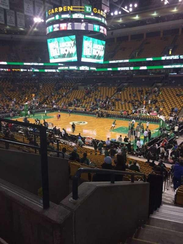 TD Garden, sección: Loge 20, fila: 22, asiento: 5