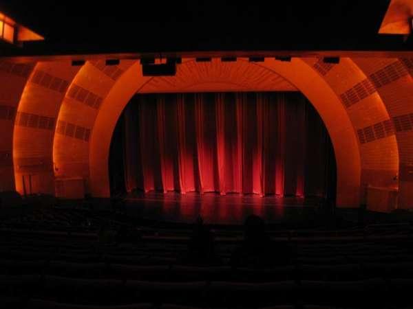 Radio City Music Hall, sección: 2nd Mezzanine 3, fila: K, asiento: 303