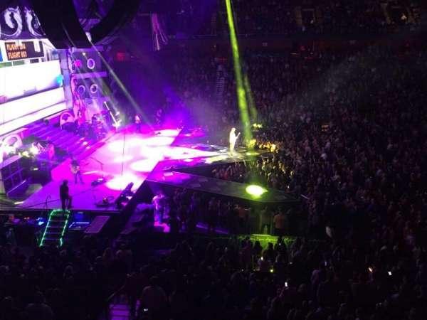 Mohegan Sun Arena, sección: 118, fila: A, asiento: 14