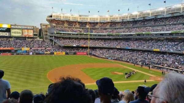 Yankee Stadium, sección: 226, fila: 14, asiento: 18