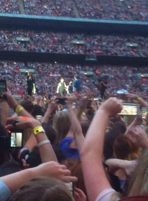 Wembley Stadium, sección: Yellow zone, fila: Floor, asiento: Standing