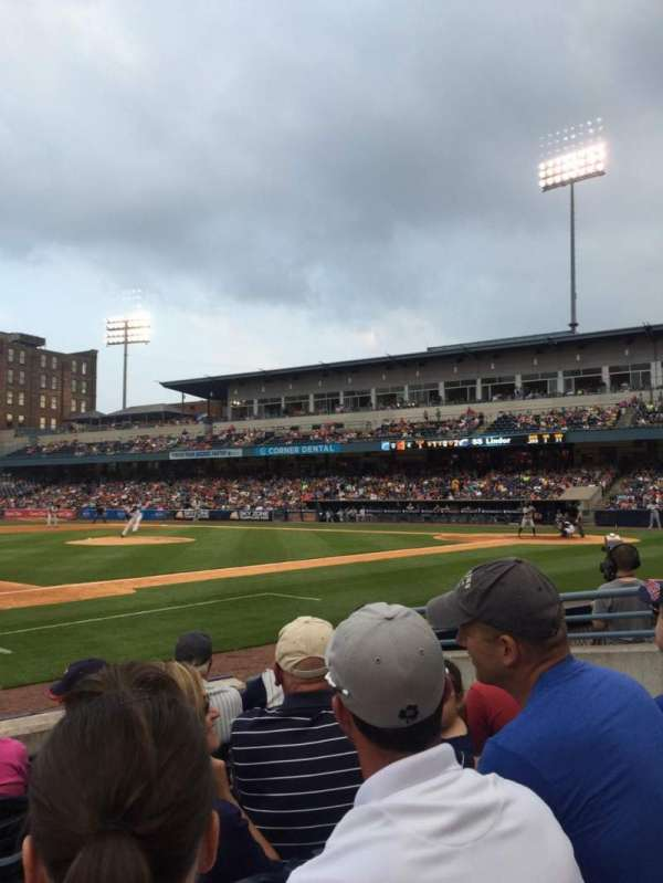 Fifth Third Field, sección: 105, fila: E