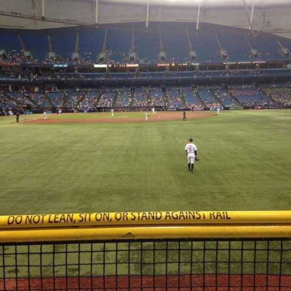 Tropicana Field, sección: 144, fila: U, asiento: 10