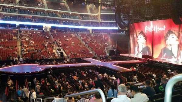 Gila River Arena, sección: 112, fila: P, asiento: 1