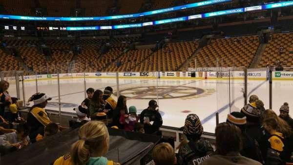 TD Garden, sección: Loge 21, fila: 8, asiento: 6