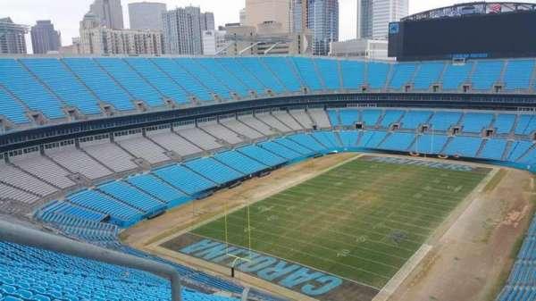 Bank of America Stadium, sección: 551, fila: 25, asiento: 25