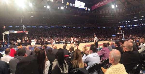 Madison Square Garden, sección: 4, fila: 2, asiento: 10