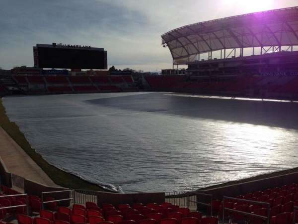 Rio Tinto Stadium, sección: 32, fila: p, asiento: 10