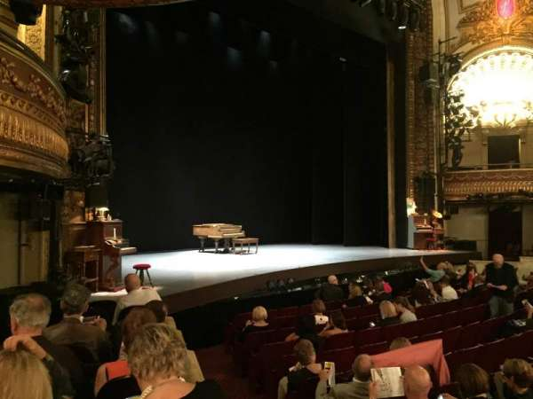 Palace Theatre (Broadway), sección: Orchestra Left, fila: H