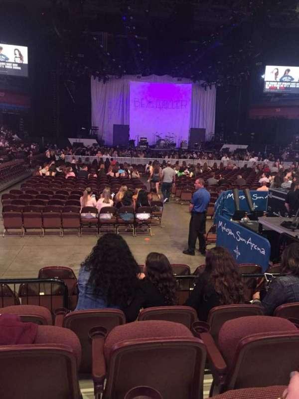 Mohegan Sun Arena, sección: 21, fila: F, asiento: 6