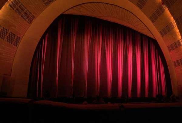 Radio City Music Hall, sección: Orchestra 6, fila: LL, asiento: 605