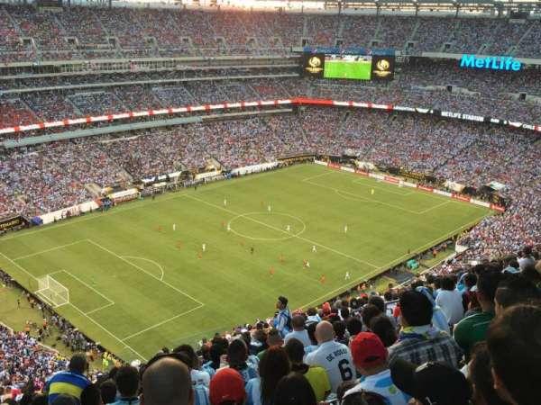 MetLife Stadium, sección: 320, fila: 26, asiento: 12