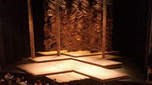 Bernard B. Jacobs Theatre, sección: Mezzanine C, fila: A, asiento: 101