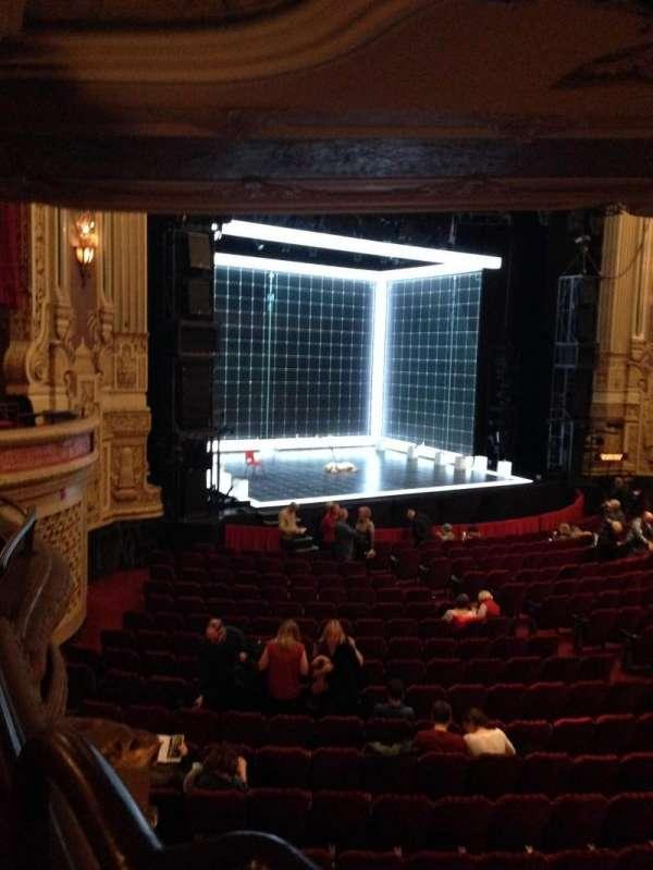 James M. Nederlander Theatre, sección: Dress Circle L, fila: GG, asiento: 1