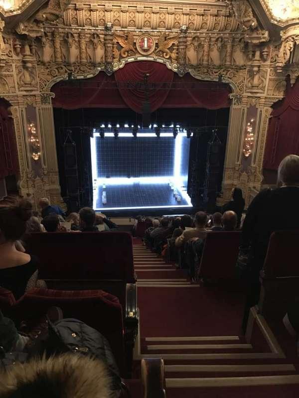 James M. Nederlander Theatre, sección: Balcony LC, fila: O, asiento: 321