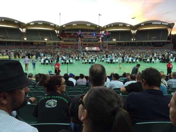 Adelaide Oval, sección: 135, fila: M, asiento: 37