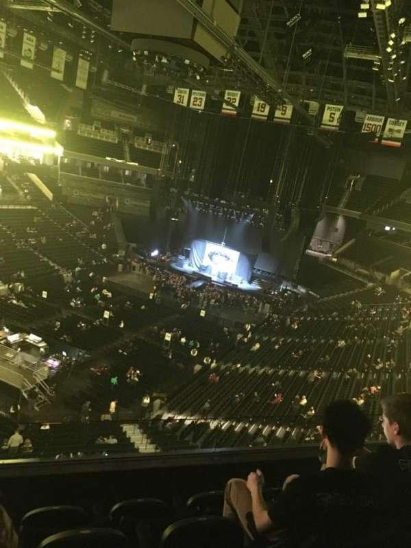 Barclays Center, sección: 213, fila: 4, asiento: 11