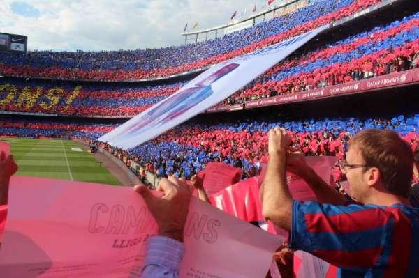 Camp Nou, sección: 123, fila: 7, asiento: 14
