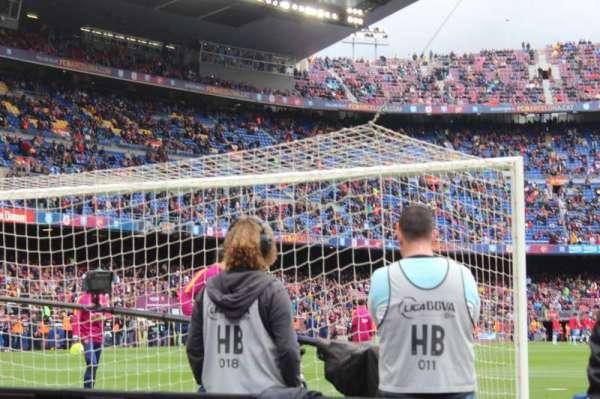 Camp Nou, sección: 123, fila: 2, asiento: 12