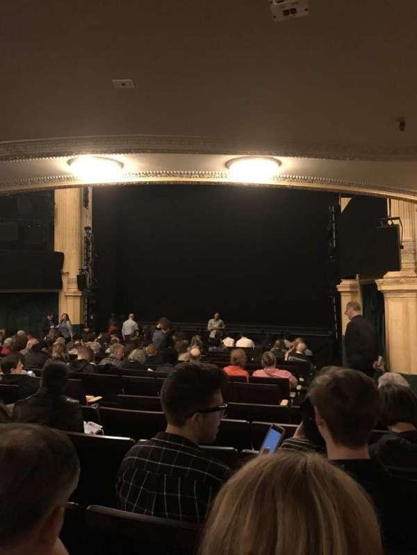 Hudson Theatre, sección: Orchestra R, fila: R, asiento: 14