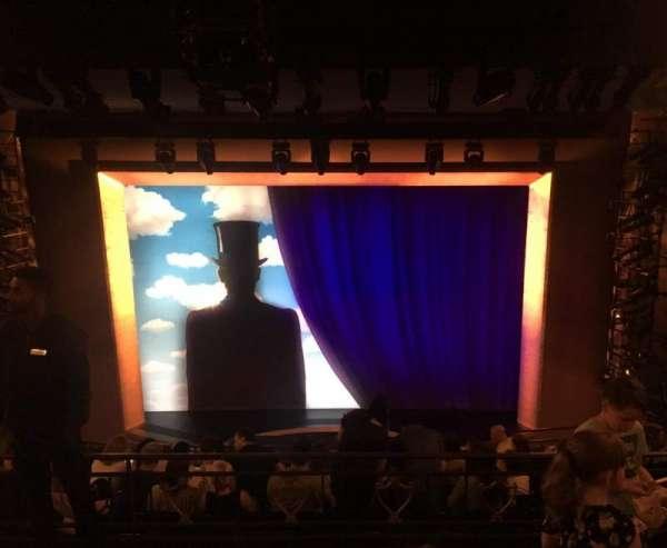 Lunt-Fontanne Theatre, sección: Rear Mezzanine RC, fila: C, asiento: 104