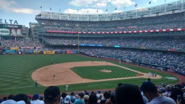 Yankee Stadium, sección: 226, fila: 13, asiento: 15
