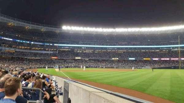 Yankee Stadium, sección: 109, fila: 2, asiento: 1