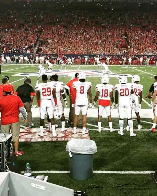 Arizona Stadium, sección: 21, fila: 1, asiento: 12