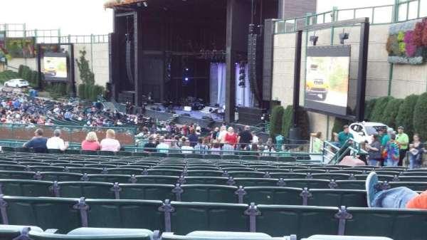 Fiddler's Green Amphitheatre, sección: 201, fila: P, asiento: 208